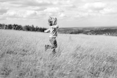Alice Running Field LEVELS.jpg